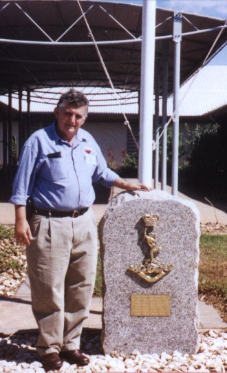 Denis Hare and the 104 Sig Sqn Memorial